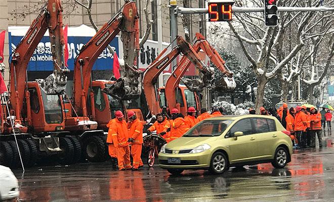 Nanjing snow clean up brings relief